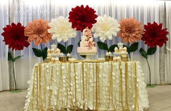 pink-gold-paper-flowers-party